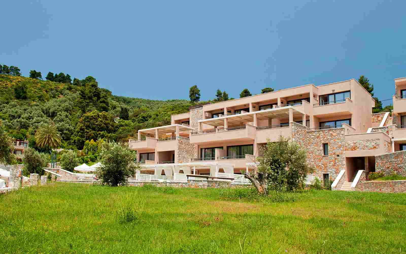 http://www.casacaribepuertomorelos.com/wp-content/uploads/2016/03/summer-hotel-01.jpg