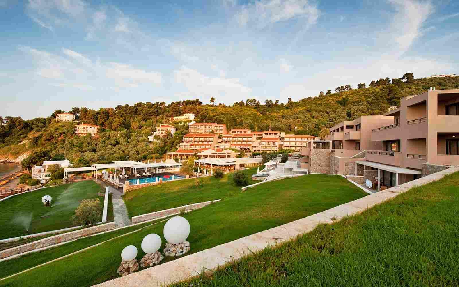 https://www.casacaribepuertomorelos.com/wp-content/uploads/2016/03/summer-hotel-02.jpg