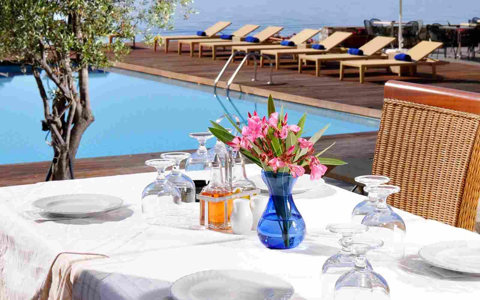 https://www.casacaribepuertomorelos.com/wp-content/uploads/2016/03/summer-hotel-09.jpg